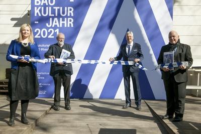 Baukulturjahr 2021 Pressekonferenz Gruppenfoto - Raffaela Lackner, Peter Nigst, Peter Kaiser, Igor Zucker